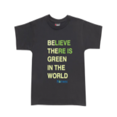 T-Shirt - Green is the world - Black